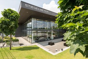 The attractive architecture of the Herford showroom makes it an inviting place to visit.