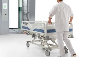 Dutch university hospitals are leaders in the field of hygiene. The Evario hospital bed from Stiegelmeyer is ideal for mechanical reprocessing.